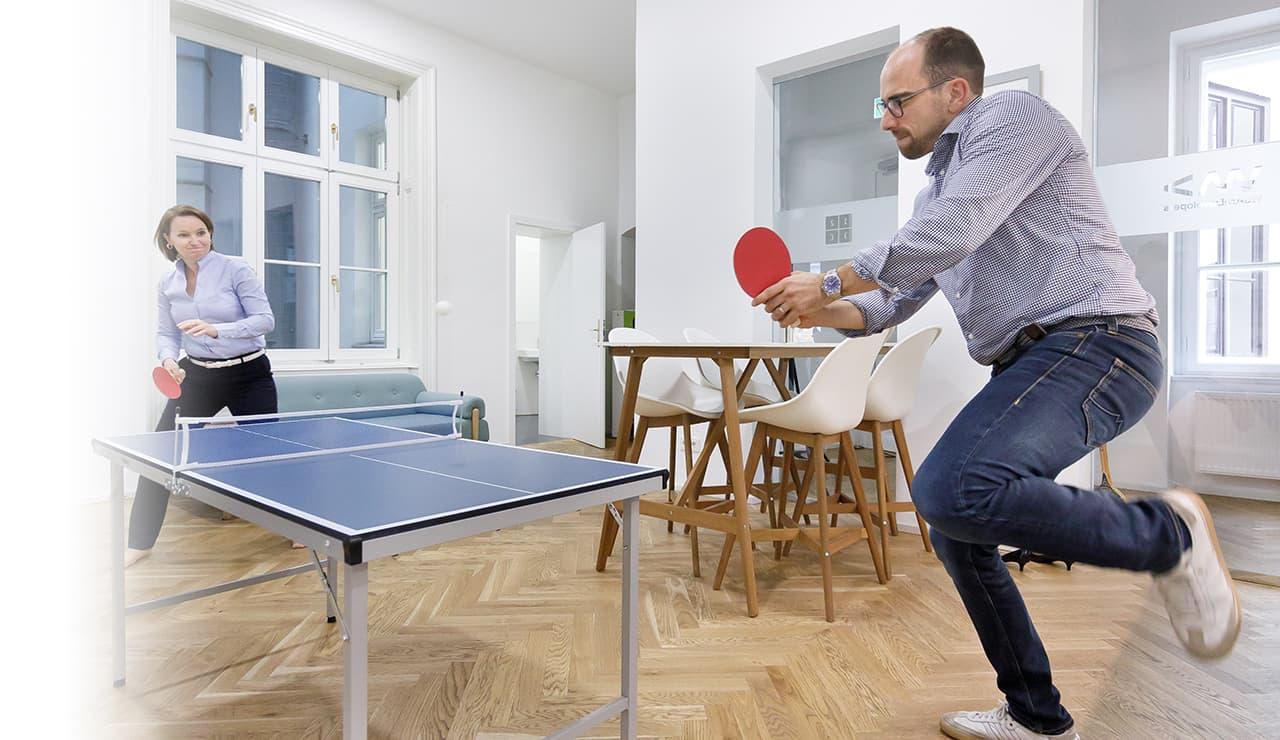 Thomas Apollonio und Kerstin Wagner beim Tischtennis 123Consutling